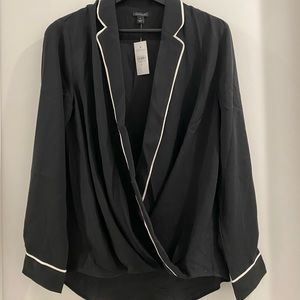 😁black blouse with white trim and deep v neck